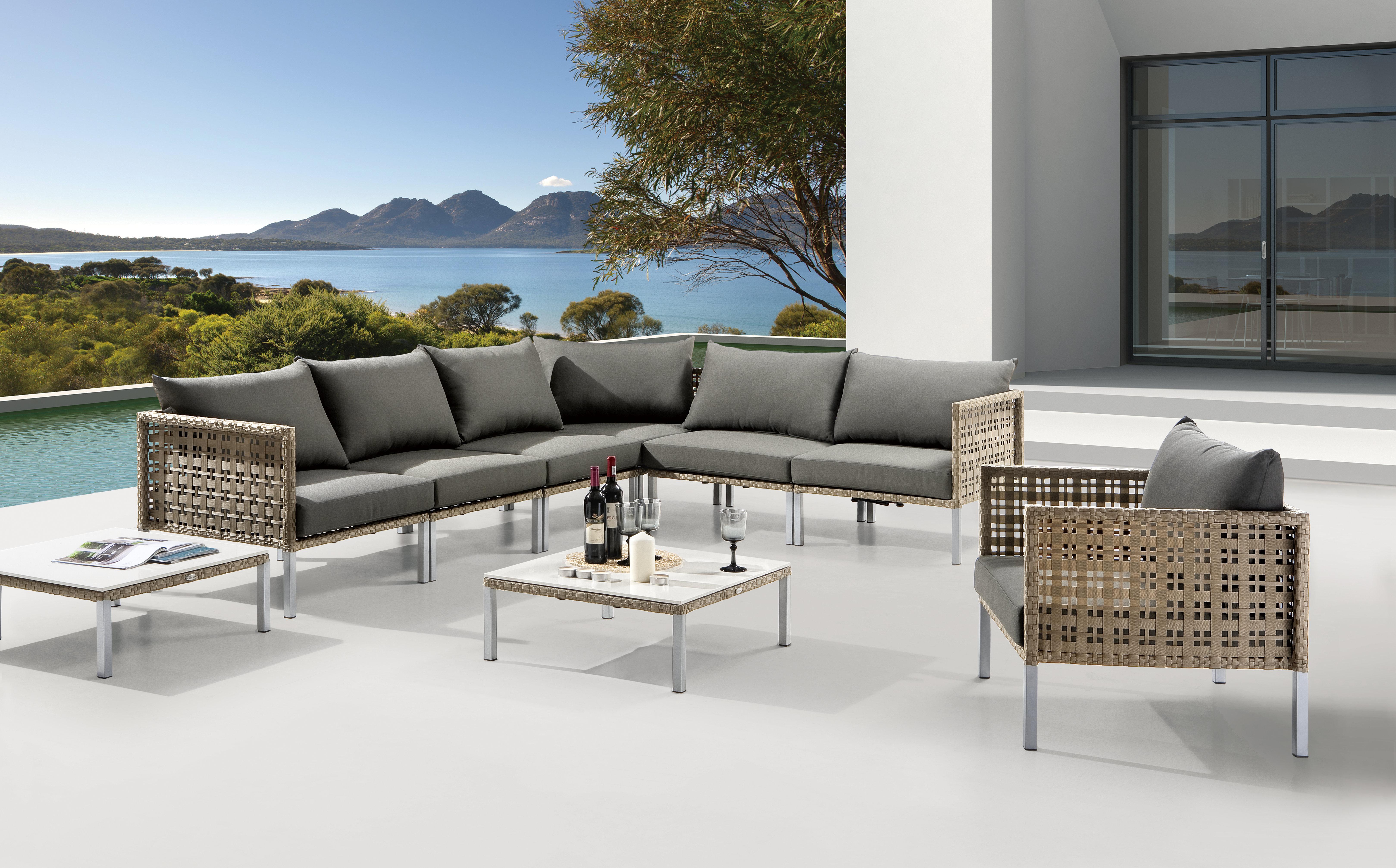 exklusive gartenm bel catlitterplus. Black Bedroom Furniture Sets. Home Design Ideas