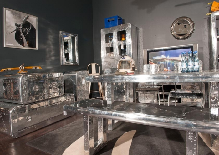 vitrine flight industrial style vintage. Black Bedroom Furniture Sets. Home Design Ideas