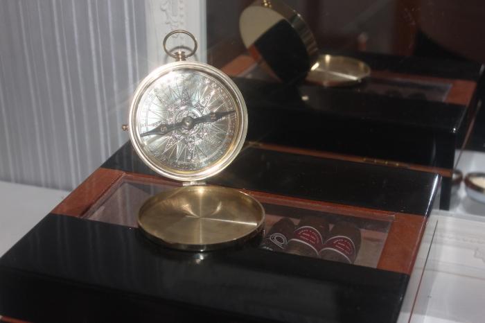 Exklusiver taschenkompass exklusive dekoration geschenktip